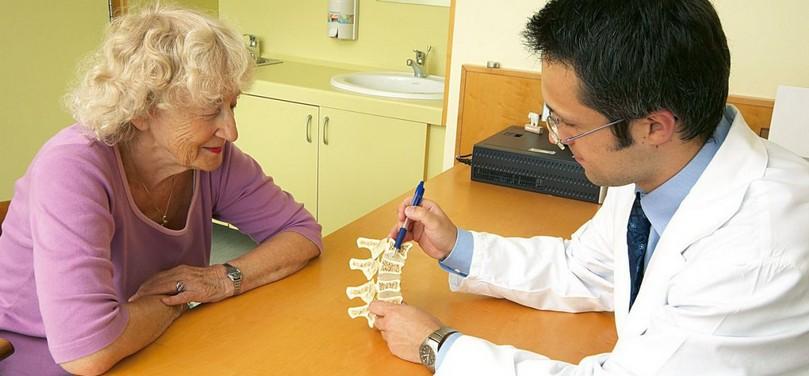 Кто лечит остеопороз