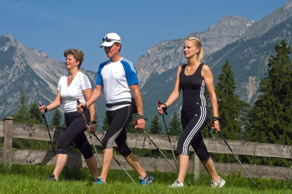 Прогулки для профилактики болезней коленных суставов