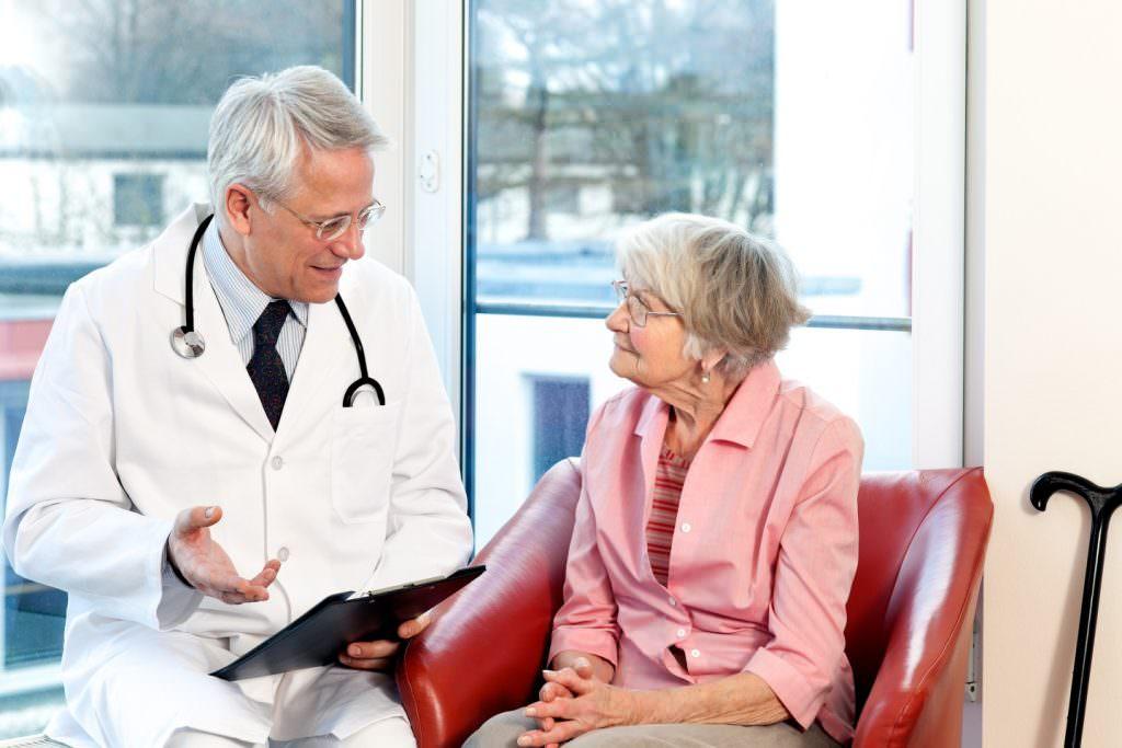 Какие лекарства принимать при остеопорозе