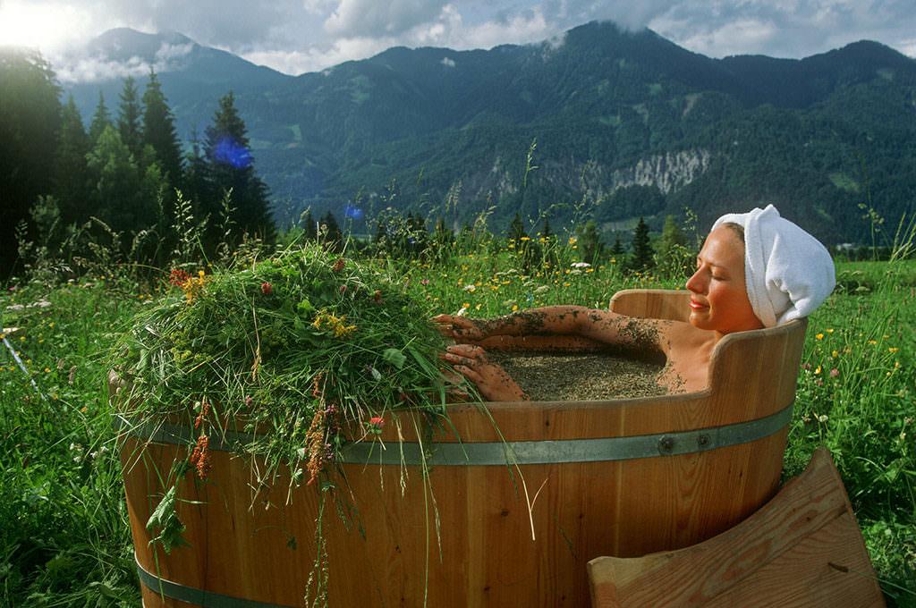 Ванна с лечебными травами