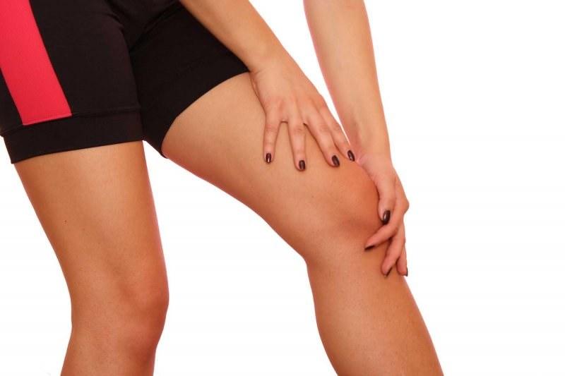 Отек костного мозга большеберцовой кости и латерального мыщелка бедренной кости коленного сустава