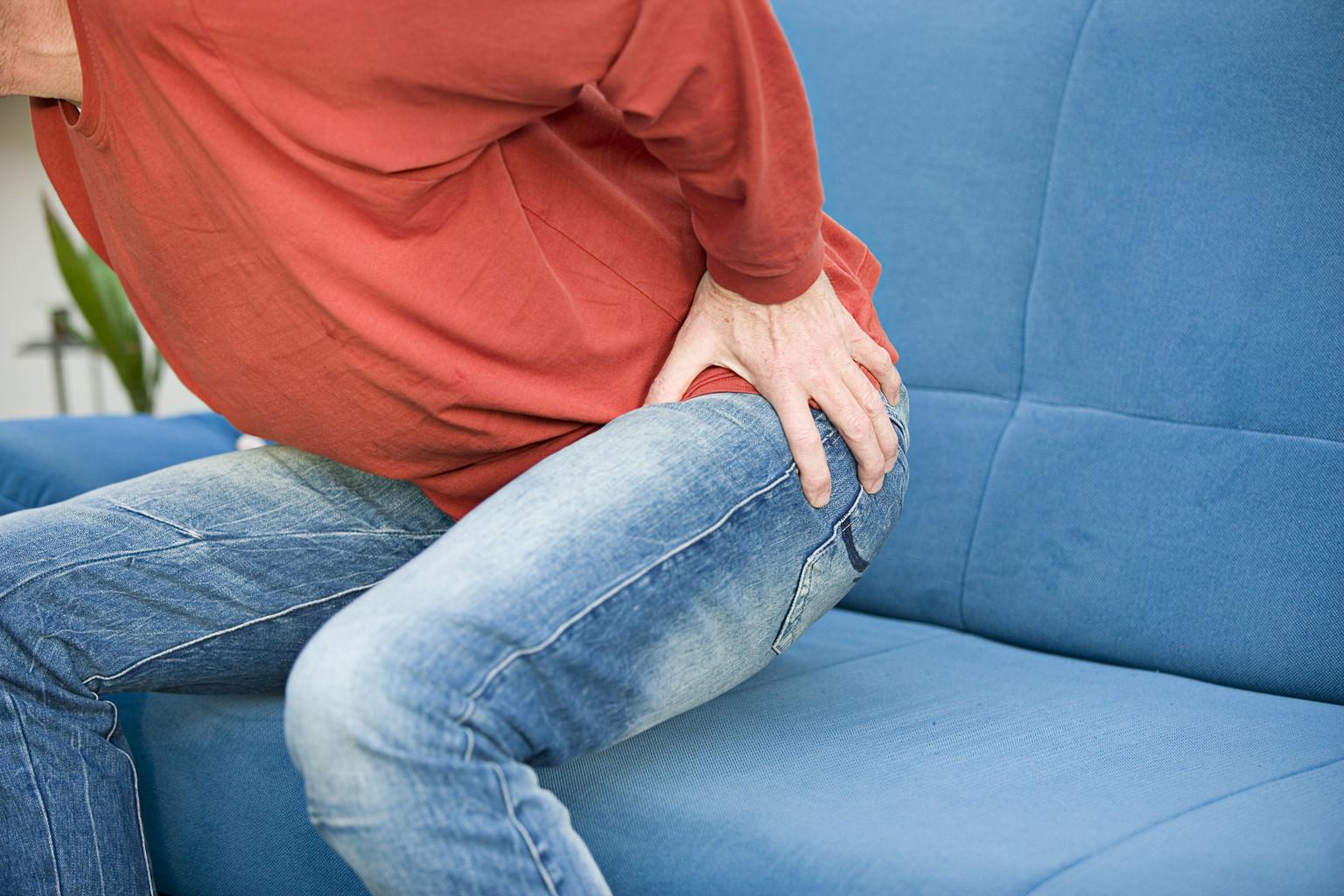 Онемение ноги в области от бедра до колена причины и что делать